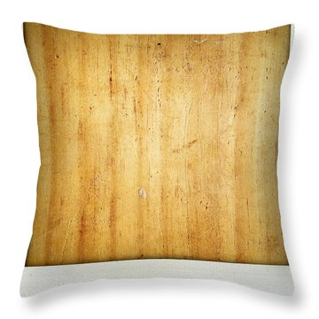 Wood Texture Throw Pillow by Les Cunliffe