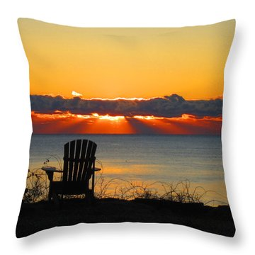 New Castle Nh Throw Pillow