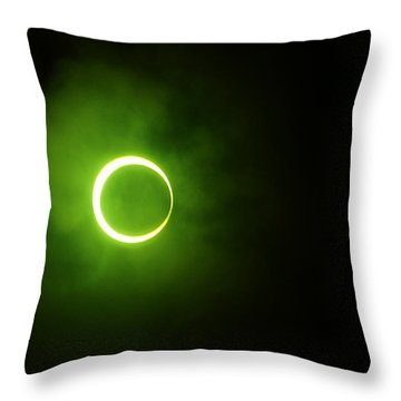 15 January 2010 Solar Eclipse Maldives Throw Pillow
