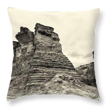 Monument Rocks - Chalk Pyramids Throw Pillow