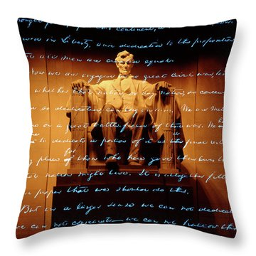 1860s Abraham Lincoln Statue Throw Pillow
