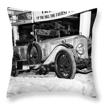 1921 Vauxhall 30/98e Throw Pillow