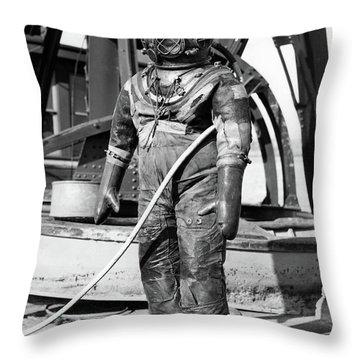 1930s 1940s Full Figure Of Man Throw Pillow