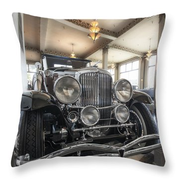 1931 Duesenberg Model J Convertible Coupe Throw Pillow by Gary Warnimont