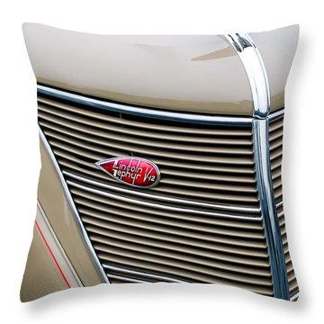 1937 Lincoln-zephyr Coupe Sedan Grille Emblem - Hood Ornament Throw Pillow