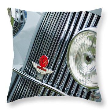 1939 Aston Martin 15-98 Abbey Coachworks Swb Sports Grille Emblems Throw Pillow