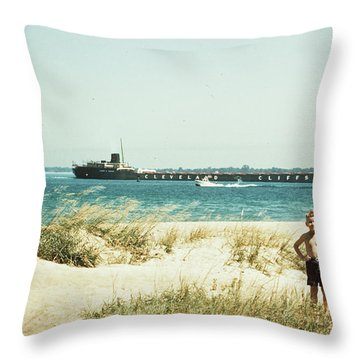 1950s Young Boy And Girl On Beach Throw Pillow