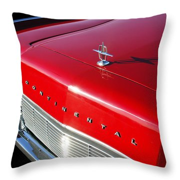 1967 Lincoln Continental Hood Ornament - Emblem -646c Throw Pillow