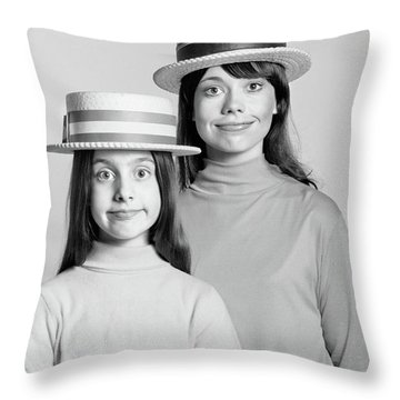 1970s Mother And Daughter Portrait Look Throw Pillow