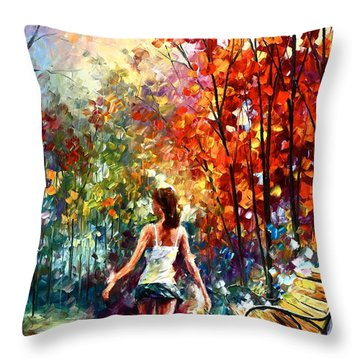 Barefooted Stroll Throw Pillow by Leonid Afremov
