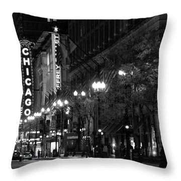 Chicago Theatre At Night Throw Pillow