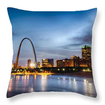 City Of St. Louis Skyline. Image Of St. Louis Downtown With Gate Throw Pillow