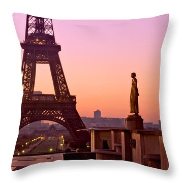 Eiffel Tower At Dawn / Paris Throw Pillow