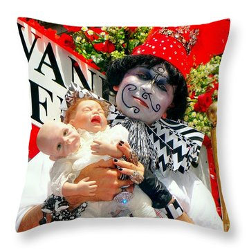 Throw Pillow featuring the photograph 2 Heads Are Better Than One by Ed Weidman