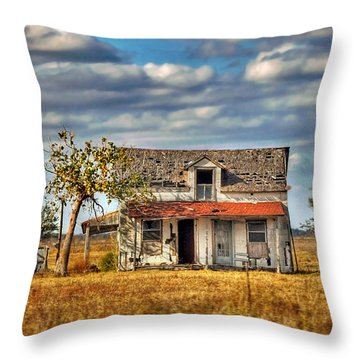 Throw Pillow featuring the photograph Old Home by Savannah Gibbs