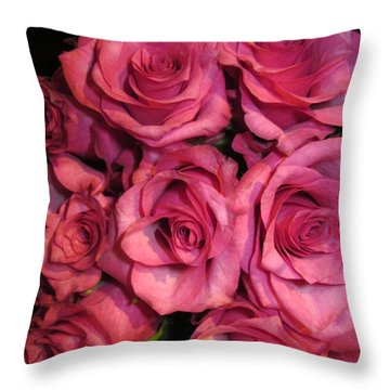 Rosebouquet In Pink Throw Pillow