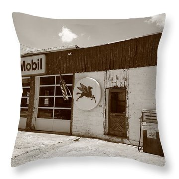 Route 66 - Rusty Mobil Station Throw Pillow by Frank Romeo