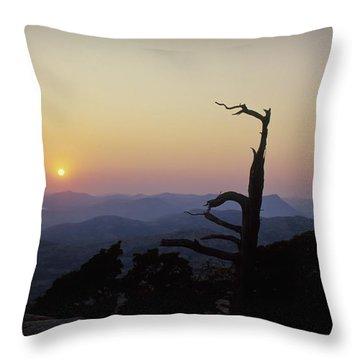 Sunset From Mt Scott Throw Pillow