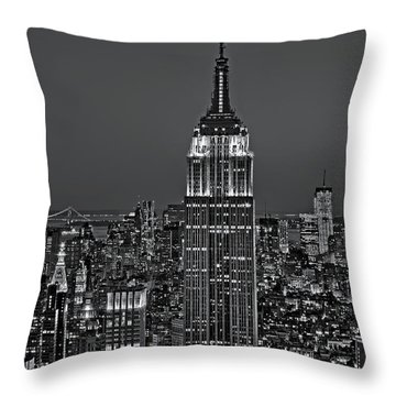 Top Of The Rock Bw Throw Pillow by Susan Candelario