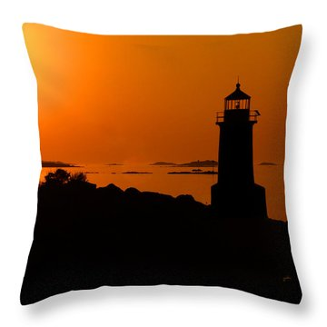 Winter Island Lighthouse Sunrise Throw Pillow