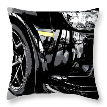 2014 Chevrolet Camaro Z28 Xl Throw Pillow
