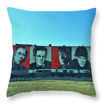 Mount Rush Core 2 Throw Pillow