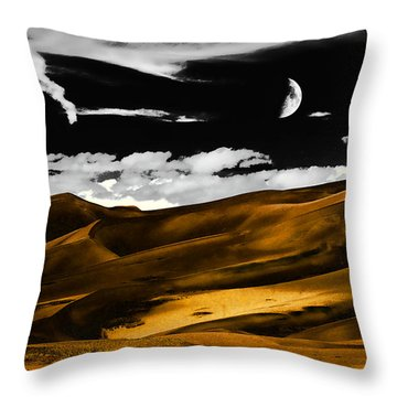 Night At The Great Sand Dunes Throw Pillow