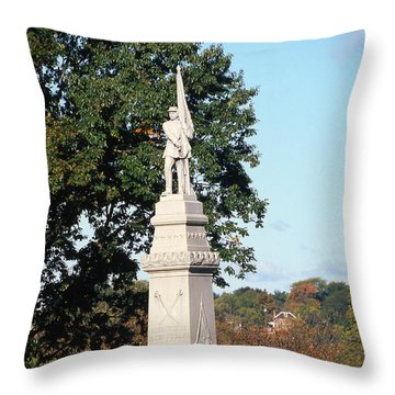 30u13 Hood Park Monument To Civil War Soldiers And Sailors Photo Throw Pillow