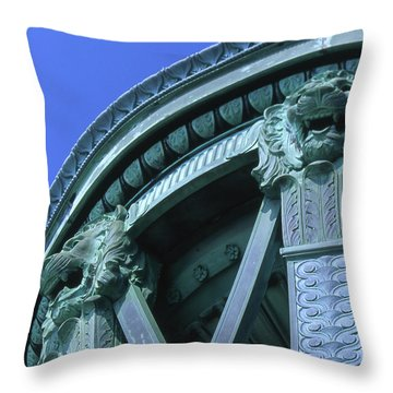 35x11 Perrys Victory Memorial Photo Throw Pillow