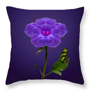 3739 Throw Pillow