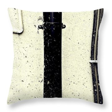 Urban Wall 5 Throw Pillow