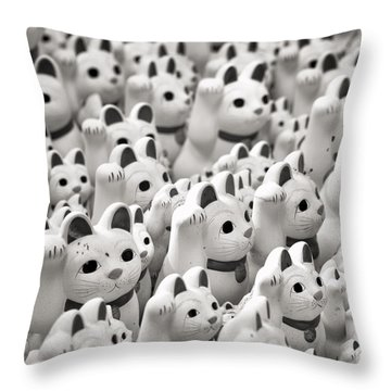 The Cat Temple In Tokyo Throw Pillow