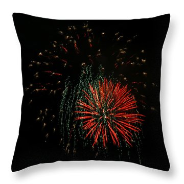 4th Of July 5 Throw Pillow by Marilyn Hunt