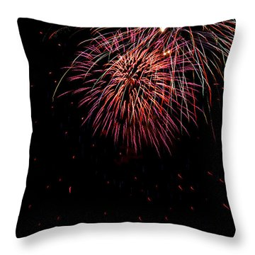 4th Of July 9 Throw Pillow by Marilyn Hunt