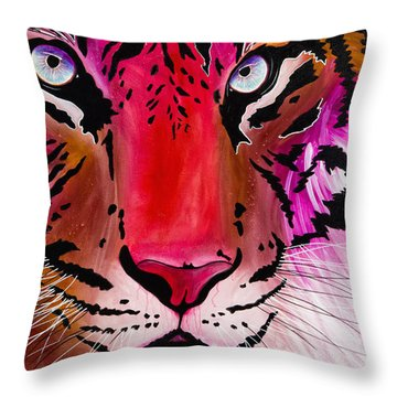 Throw Pillow featuring the painting Beautiful Creature by Dede Koll