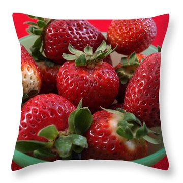9 Strawberries In Green Bowl Throw Pillow