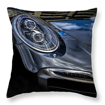 911 Turbo S Throw Pillow