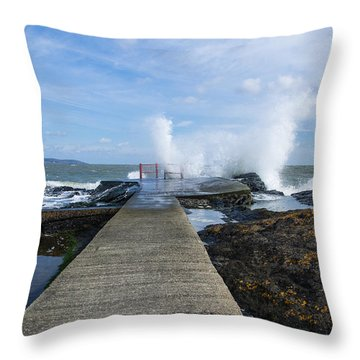 A Blustery Day At High Rock Throw Pillow