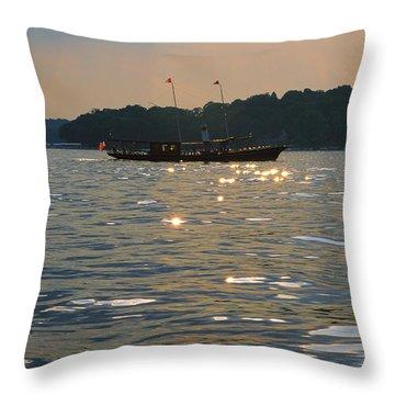 A Glint Of Glory - Lake Geneva Wisconsin Throw Pillow
