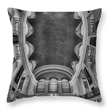 A Grand View Bw Throw Pillow by Susan Candelario