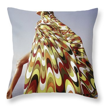 Side View Throw Pillows