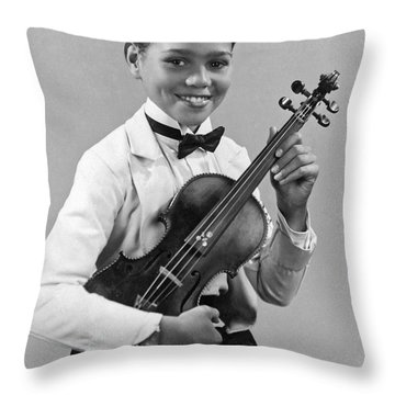 A Proud And Elegant Violinist Throw Pillow by Underwood Archives