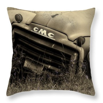 A Weather-beaten Classic Throw Pillow