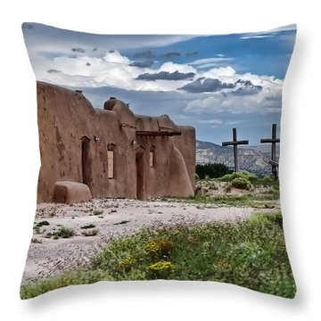 Abandoned Church In Abiquiu New Mexico Throw Pillow
