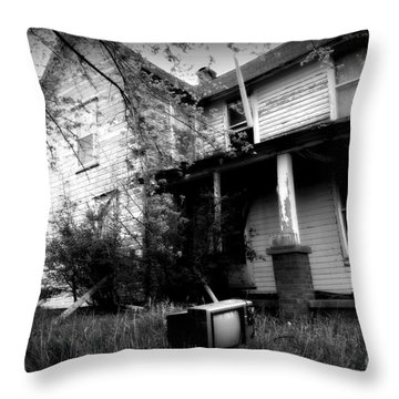 Abandoned Farm House Black And White Throw Pillow by Catherine Sherman