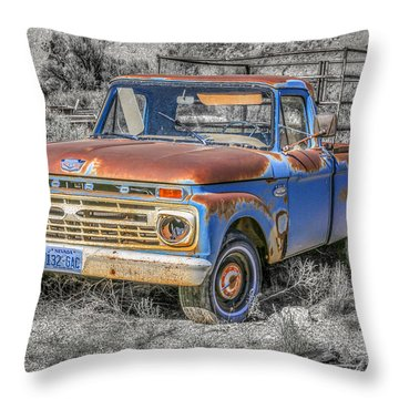 Throw Pillow featuring the photograph Abandoned Pick Up Truck by Susan Leonard
