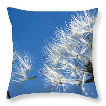 About To Leave - Dandelion Seeds Throw Pillow