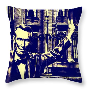 Abraham Lincoln At Gettysburg Throw Pillow by Bill Cannon