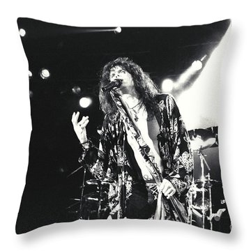 Aerosmith-steven-23 Throw Pillow