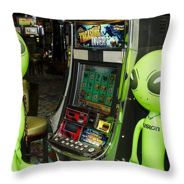 Alien Slot Play  Throw Pillow